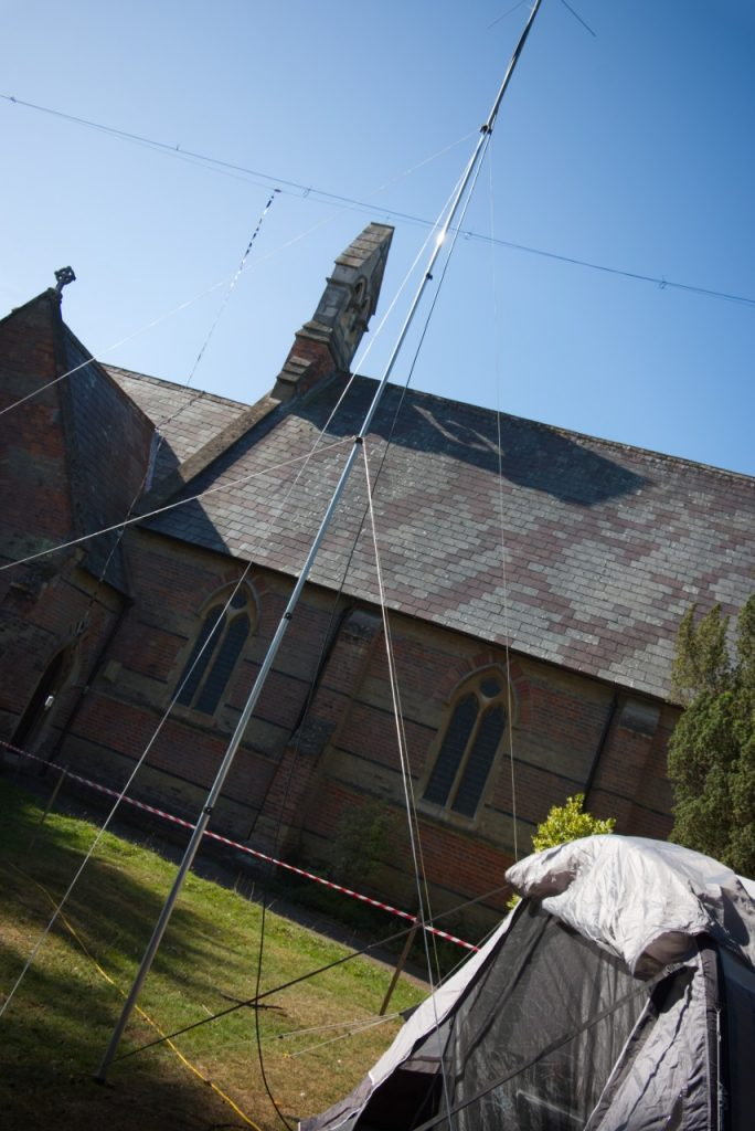 Churches and Chapels on the Air - St Mark's new radio mast!